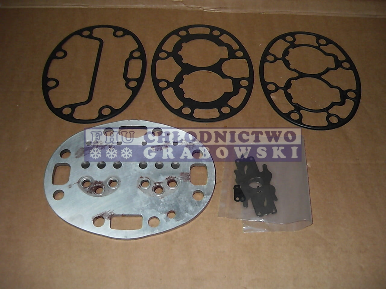 Valve Plate Carrier 05G / 05K (without relief valve R-404a